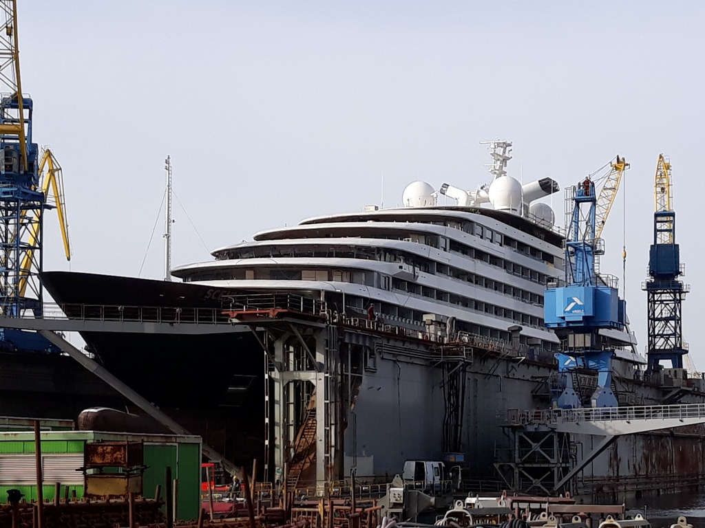 how to work on a cruise ship complete guide